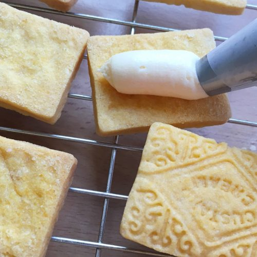 vegan custard cream filling