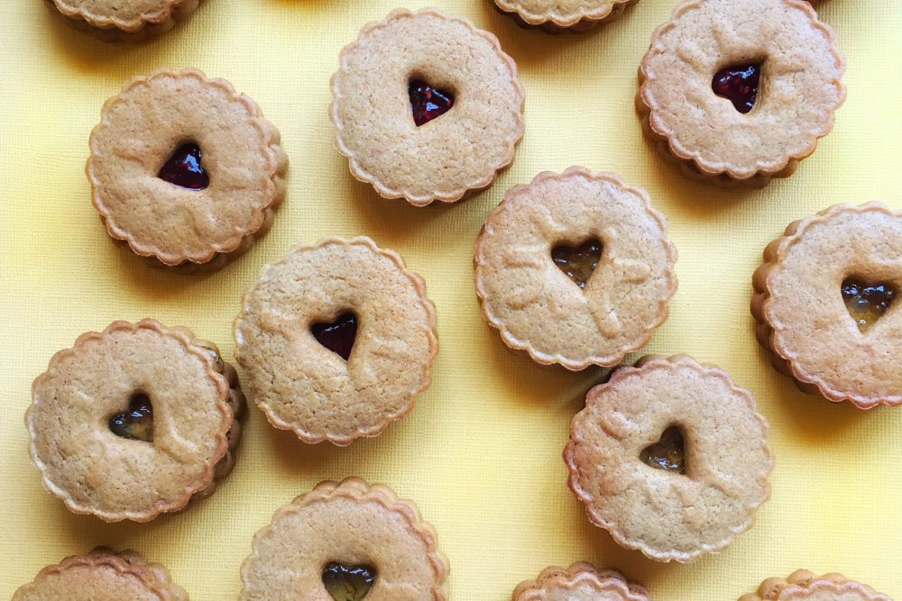 Jammy Dodgers Get a Vegan and Spice Makeover